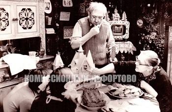 Юрий Никулин (Фёдор Фёдорович, резчик-любитель) и Валентина Петровна Телегина (Марья Ивановна, жена резчика) в художественном фильме Ролана Быкова «Телеграмма» фотография 1971 год.