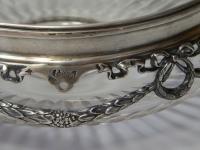 хрустальная ваза с декором из серебра 84 пробы