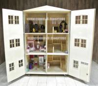 большой кукольный домик с мебелью