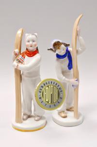 статуэтка «Лыжник и Лыжница» лфз, период ссср 1950-1960 гг.