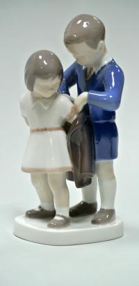 статуэтка фарфоровая «юный джентельмен», Bing Grondahl 1970 гг.