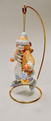 ёлочная игрушка мальчик на коньках, ярославская майолика, современная Россия.