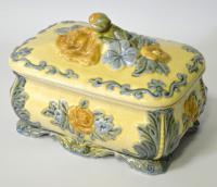 шкатулка с растительным арнаментом, европа середина XX века.