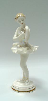 статуэтка «Балерина с цветком», дфз Вербилки, период ссср 1950-1960 гг