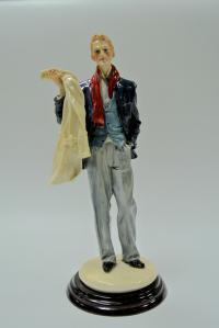 статуэтка «молодой денди» западная европа 2000 гг.