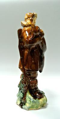 статуэтка «Охотник с лисой» Гжель, период ссср 1950 гг.