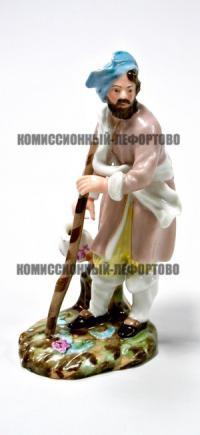 статуэтка молочник, фарфоровый завод Попова, императорская Россия XIX век.