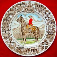 тарелка декоративная, канадская королевская конная полиция