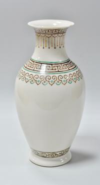 ваза фарфоровая артель шаазангиин, Монголия Уланбатор 1970 гг.