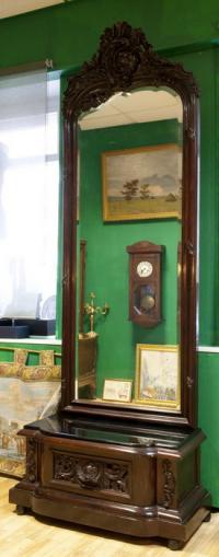 зеркало напольное, конец XIX рубеж XX вв., дерево резной массив